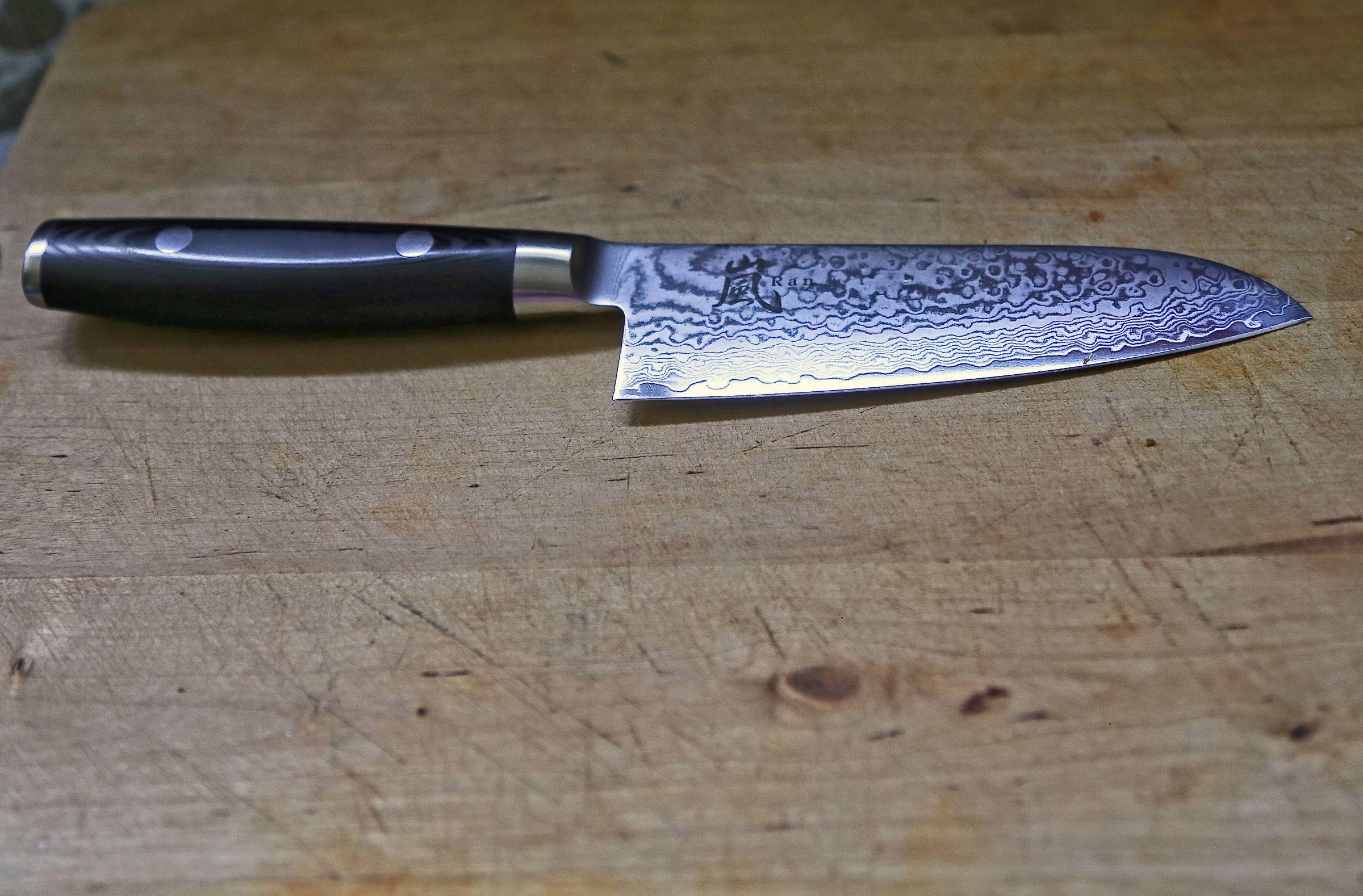 Yaxell Ran 5-inch Santoku Knife, VG10 stainless steel, 69 layered Damascus